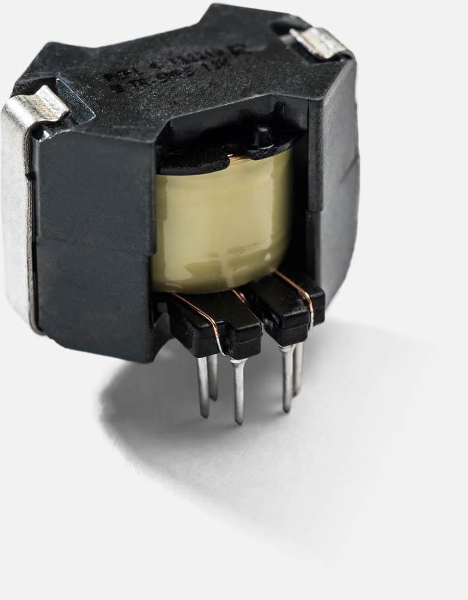 RM8 / 12Pins / Vertical